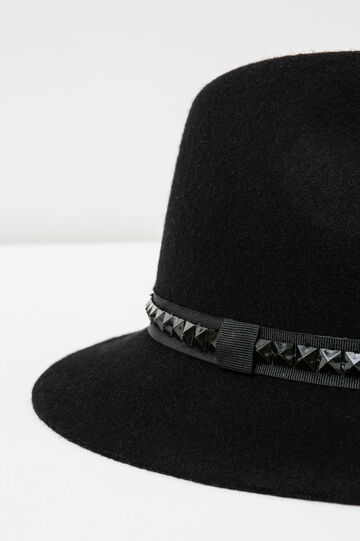 Wide-brimmed hat with studs, Black, hi-res