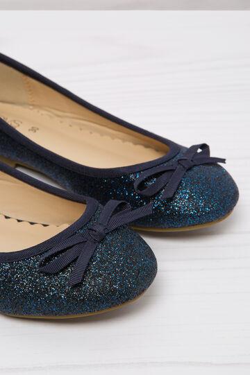 Ballerina flat with round glitter toe