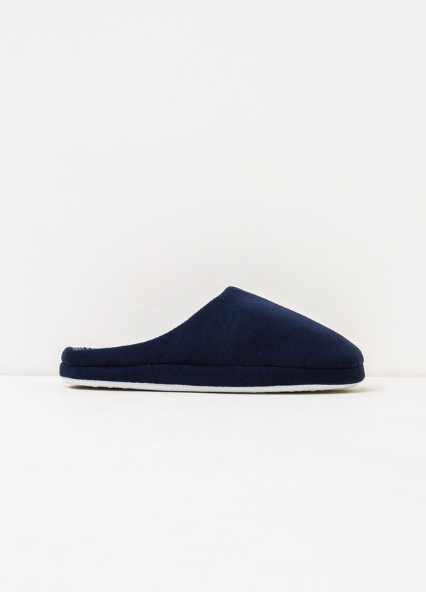Solid colour and striped slippers | OVS