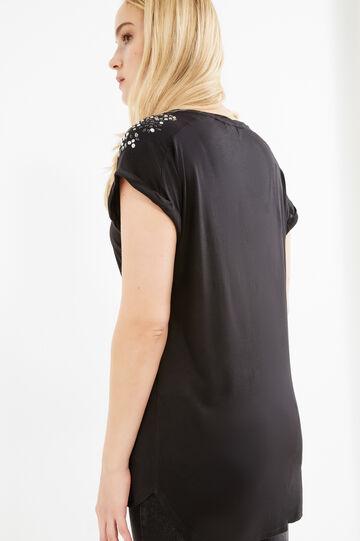 T-shirt viscosa con strass Curvy, Nero, hi-res