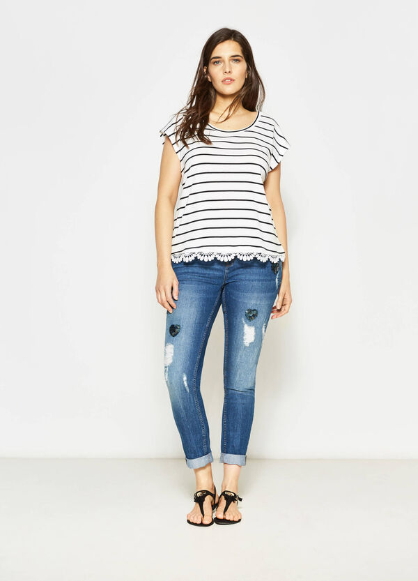 Curvy skinny jeans with heart-shaped sequins | OVS