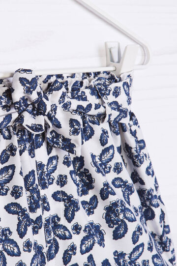 Shorts with lace at the waist and print