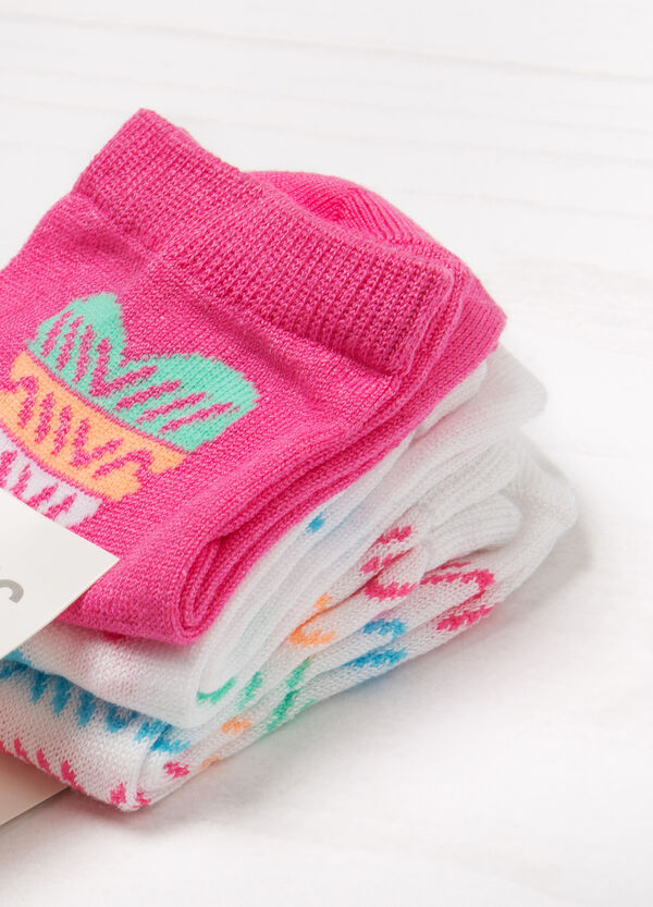Three-pack stretch patterned socks | OVS