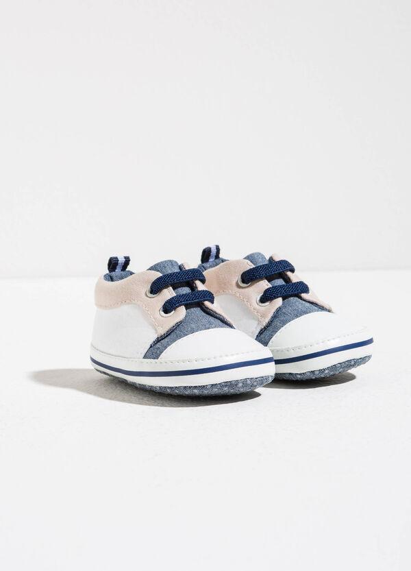 Sneakers bicolore con lacci | OVS