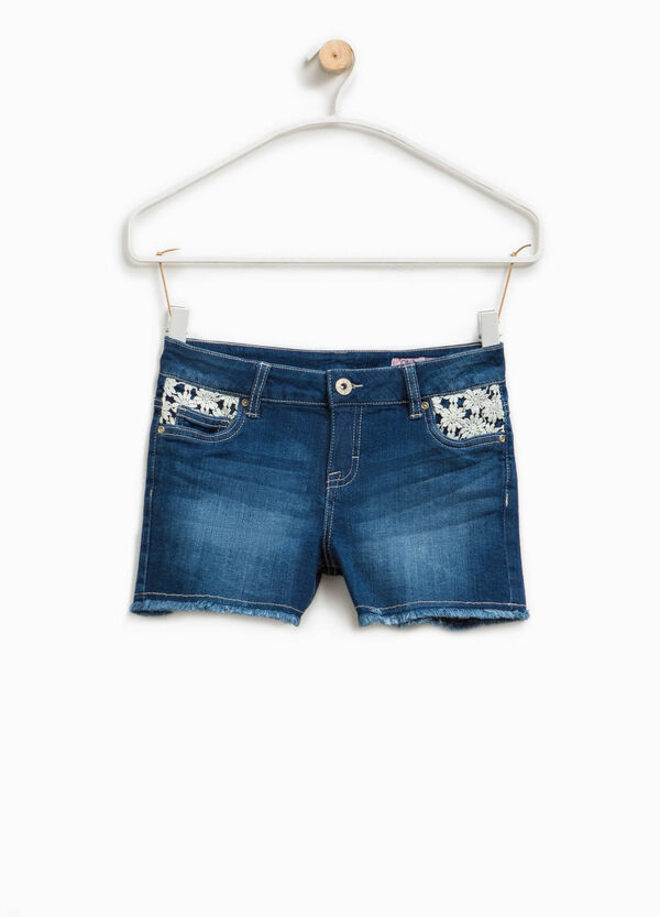Worn-effect denim shorts with lace | OVS
