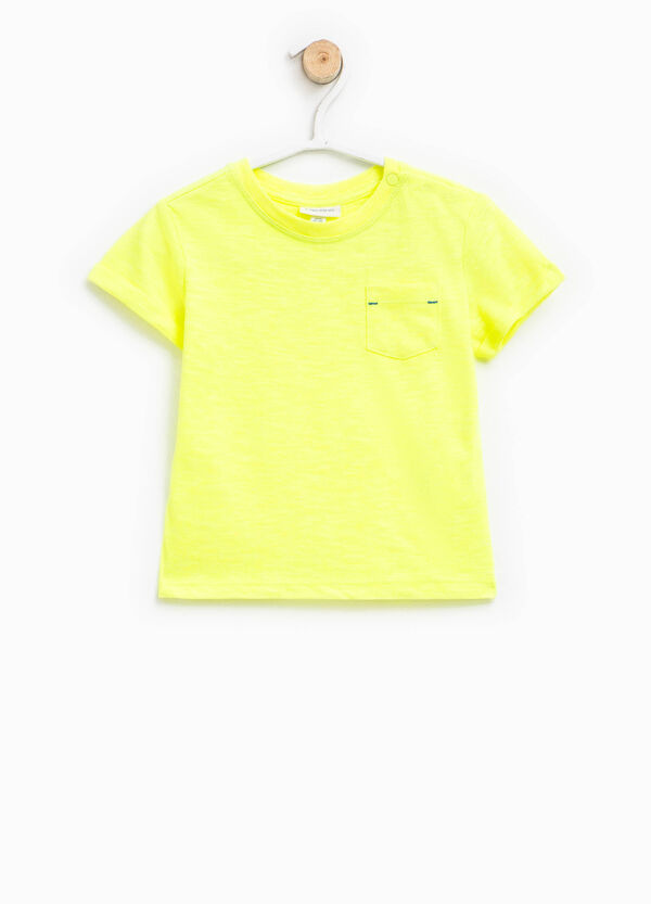T-shirt with round neck and pocket | OVS