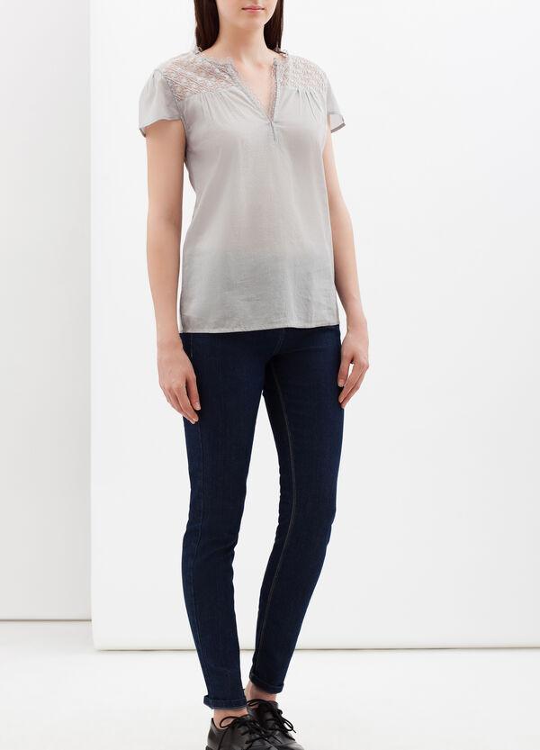 V-neck lace shirt | OVS