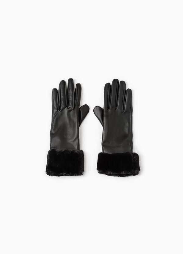 Solid colour hammered-effect gloves.   OVS