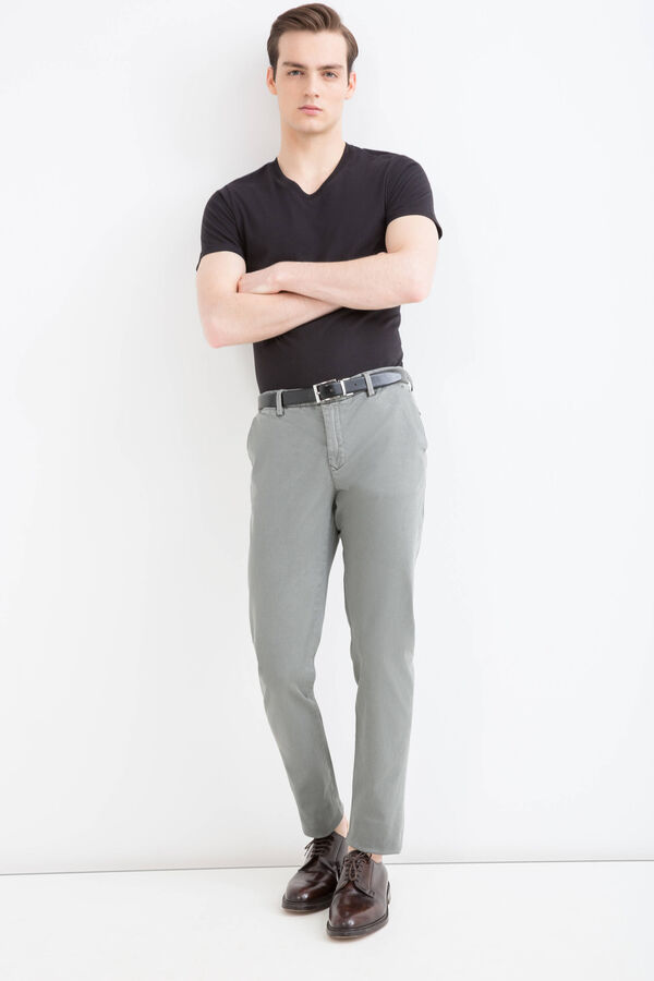 Slim-fit chino trousers in cotton twill | OVS