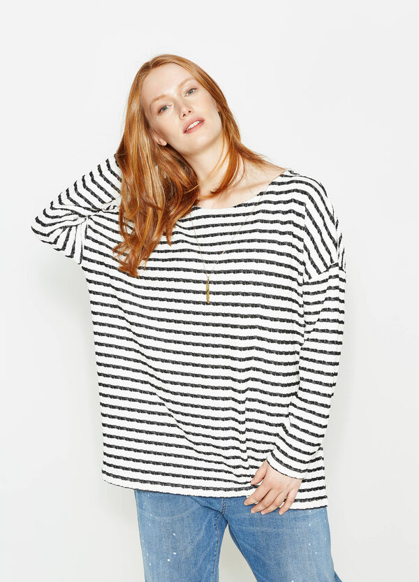 Curvy striped T-shirt with pendant | OVS