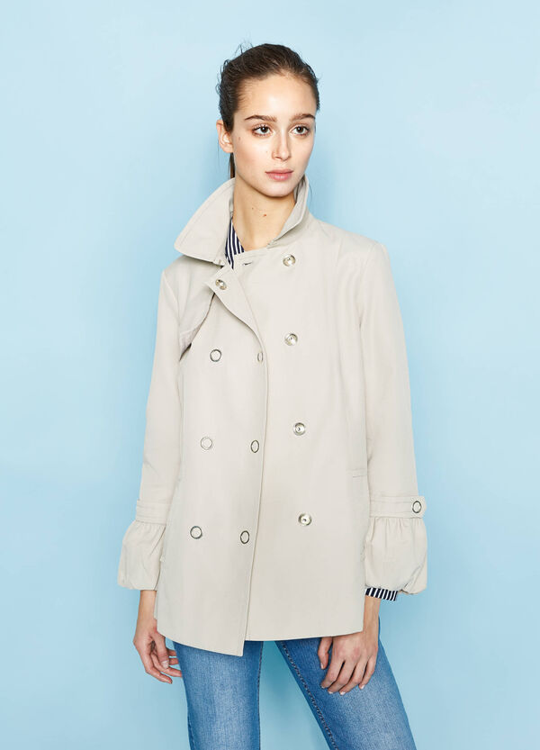 Short trench coat with asymmetrical opening | OVS