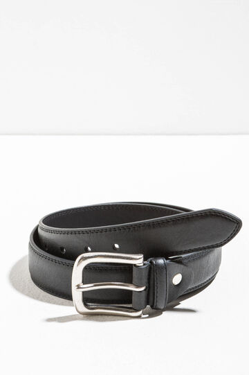 Belt with rounded buckle