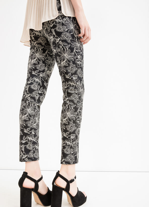 Patterned viscose trousers with zip on the side | OVS