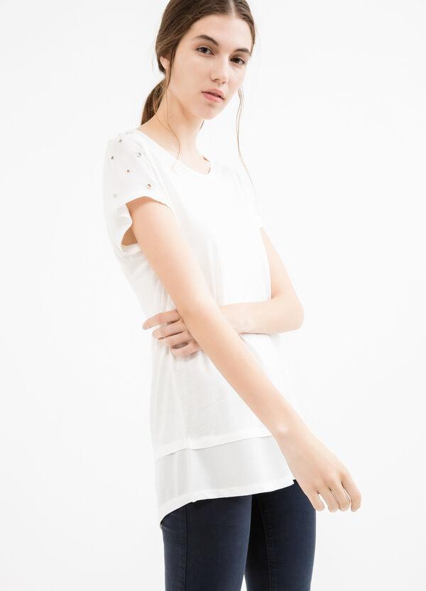 T-shirt pura viscosa con occhielli | OVS