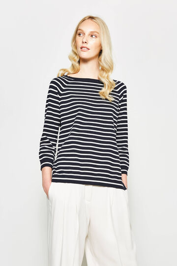 Striped pullover with slits