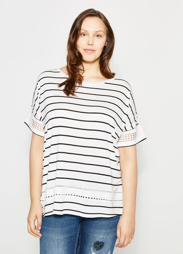 Curvy striped T-shirt with lace | OVS