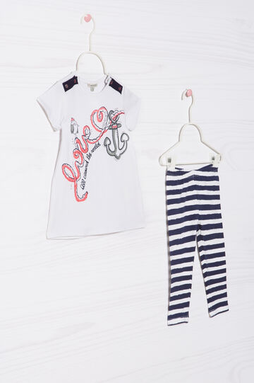 Cotton outfit consisting of T-shirt and leggings
