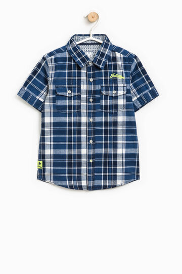 Short-sleeved tartan shirt