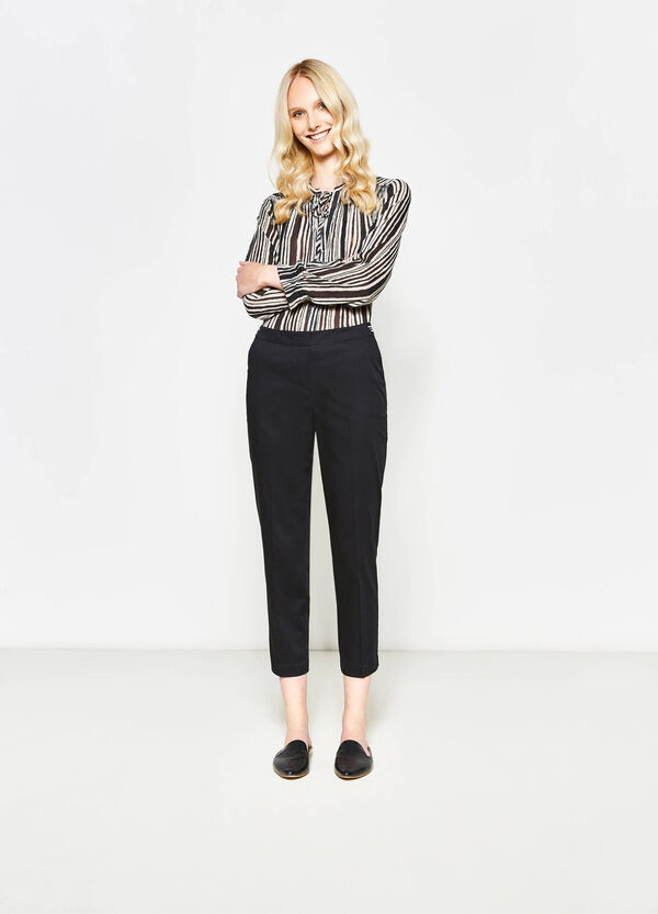 Pantaloni in satin di cotone stretch | OVS