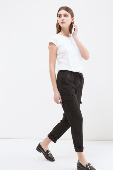 Capri pants with big pockets