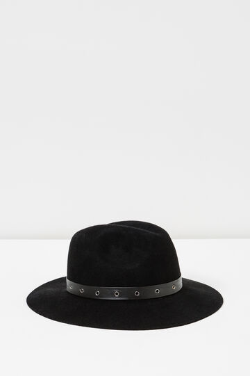 Wide-brimmed hat with eyelets, Black, hi-res