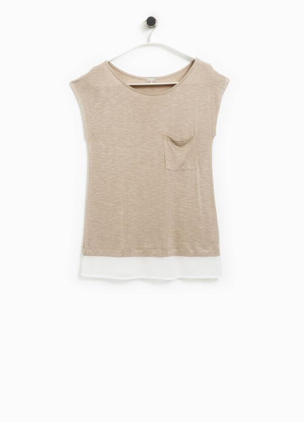 Camiseta con inserción en contraste Smart Basic | OVS