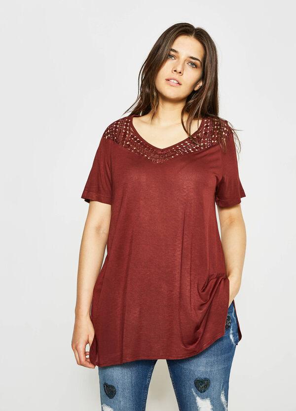 T-shirt con inserto traforato Curvy | OVS
