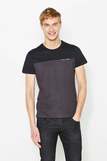 Two-tone T-shirt with pocket