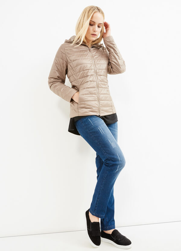 Curvy down jacket with hood | OVS