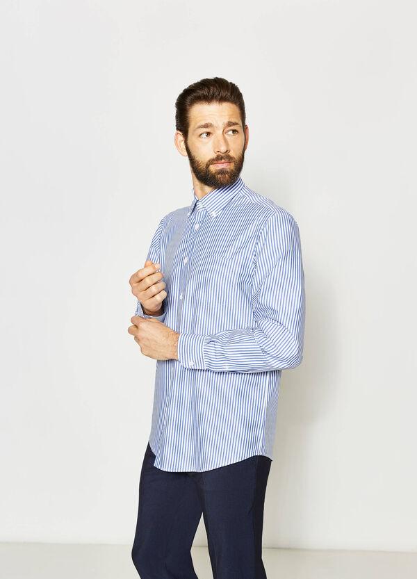 Camisa formal regular fit de rayas y con bolsillo | OVS