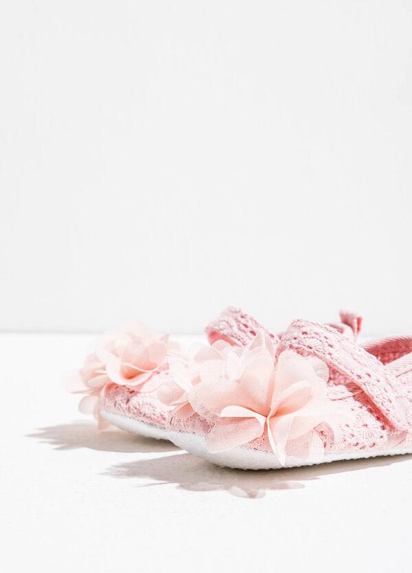 Ballerine in pizzo con fiori in tulle | OVS