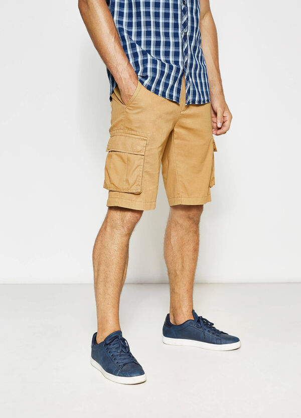 Solid colour cargo Bermuda shorts | OVS