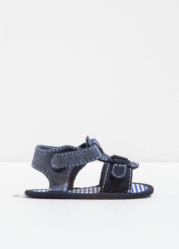 Sandals with contrasting stitching | OVS