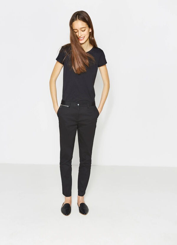 Trousers with crease and side zip | OVS