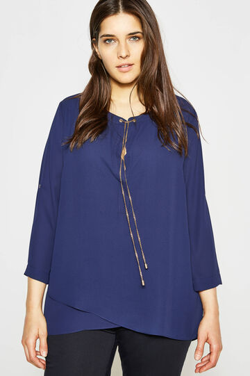Curvy blouse with chain