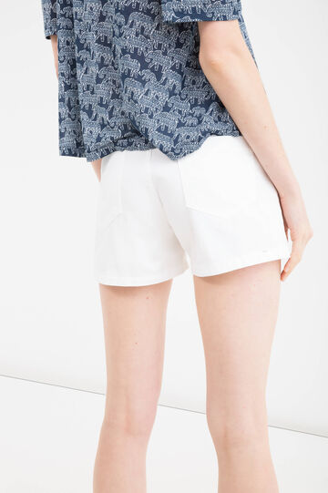 Shorts in 100% cotton with rips, White, hi-res