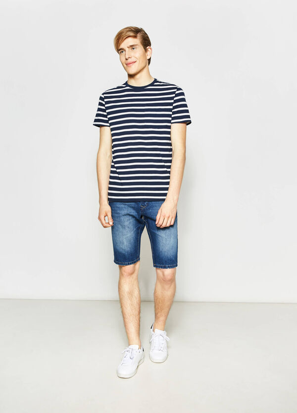 Straight-fit denim Bermuda shorts with buttons | OVS