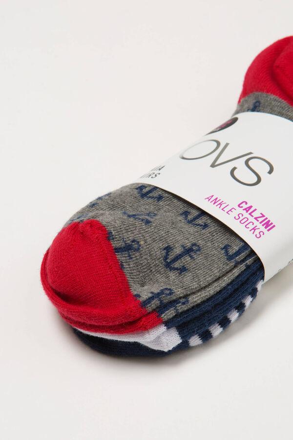 Three-pair pack short patterned socks | OVS