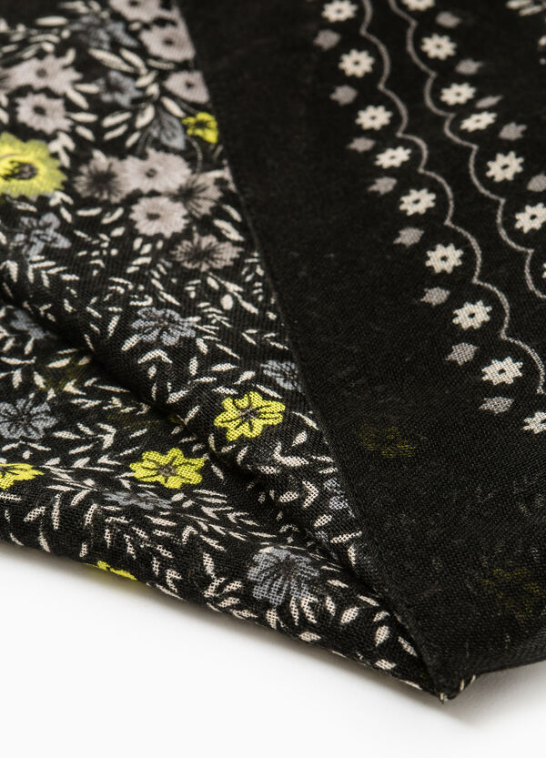 Solid colour scarf with floral print | OVS