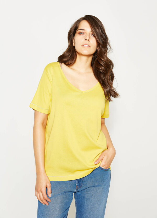 Curvy 100% cotton T-shirt with V-neck | OVS