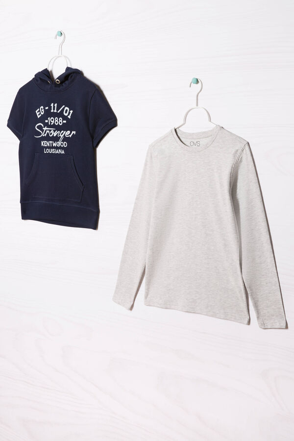 100% cotton T-shirt and sweatshirt outfit. | OVS