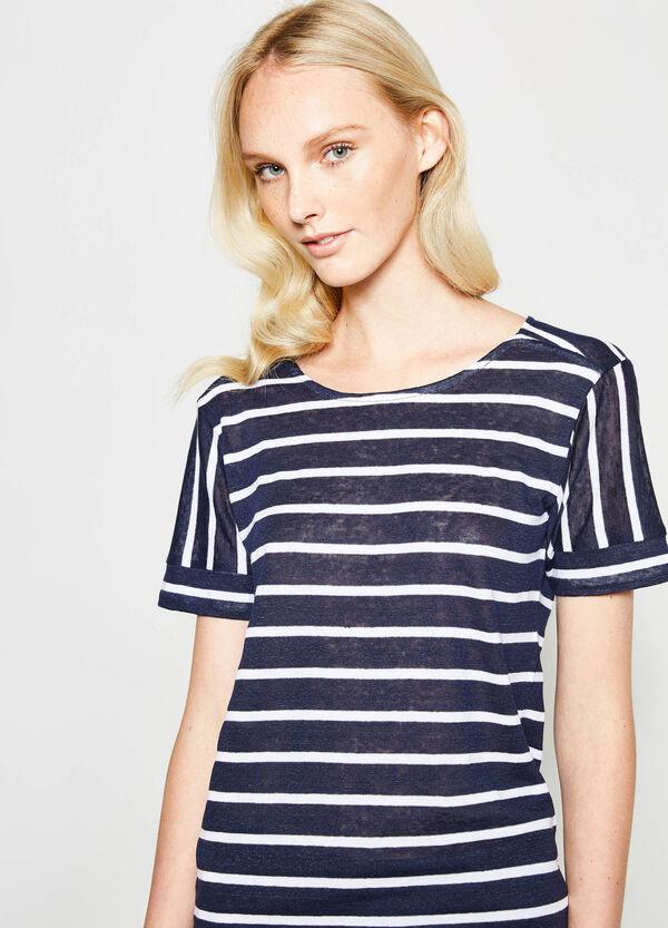 T-shirt in cotone e lino fantasia a righe | OVS