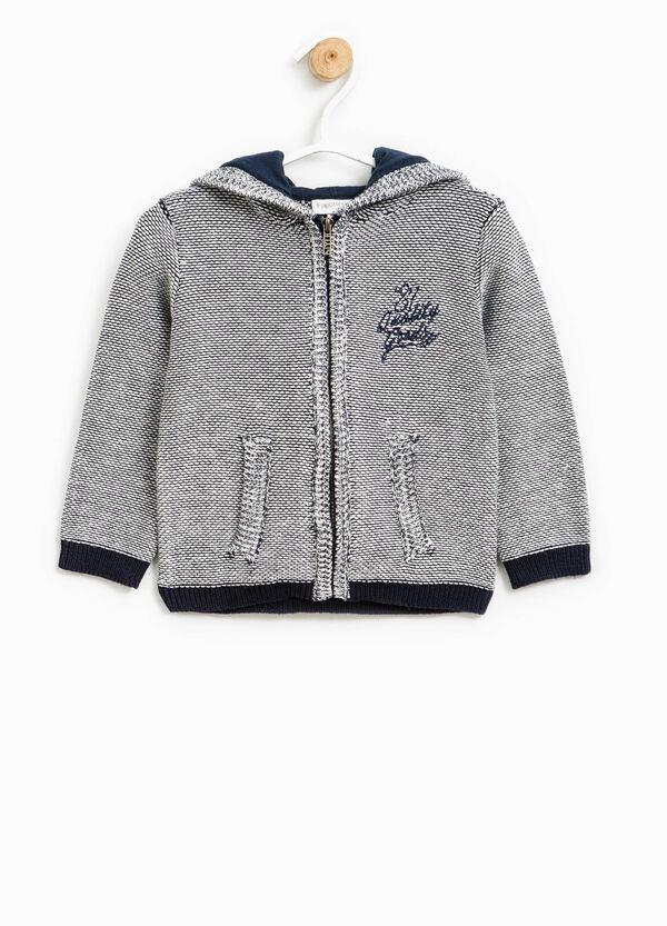 Sudadera en punto tricot con textos bordados | OVS