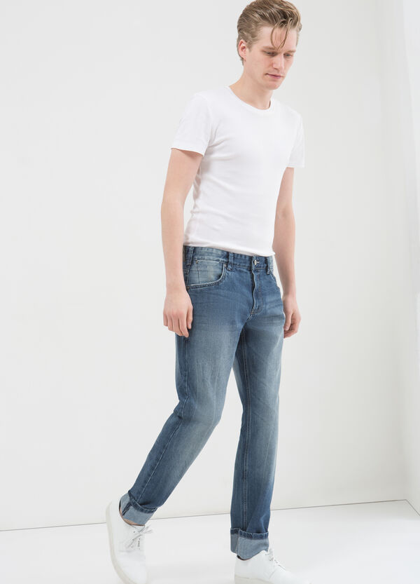 Regular-fit jeans with stitching in contrasting colour | OVS