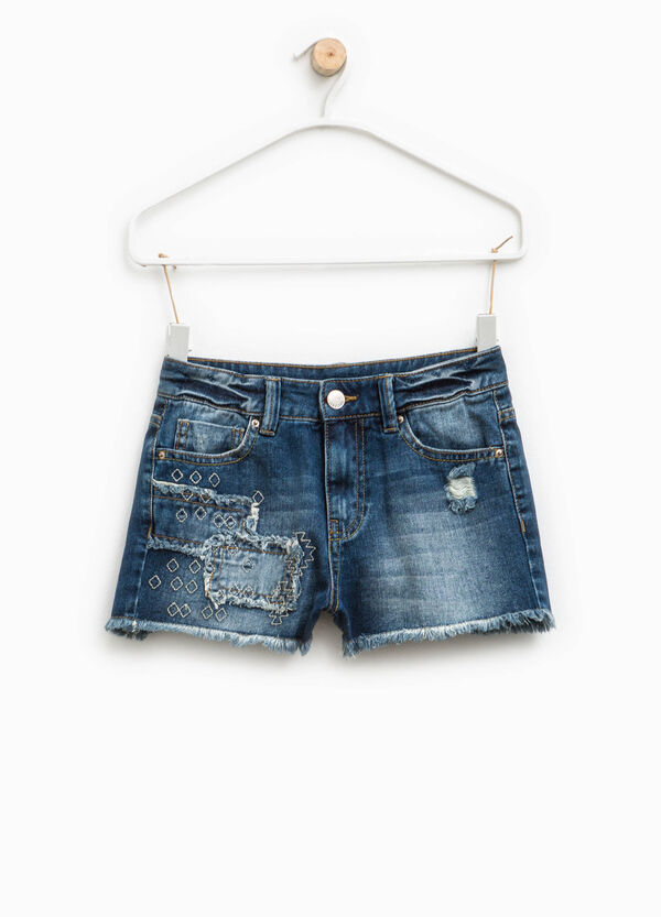 Denim shorts with frayed hem | OVS