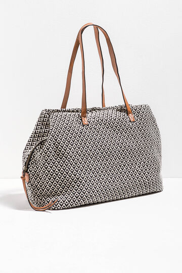 Geometric pattern shoulder bag
