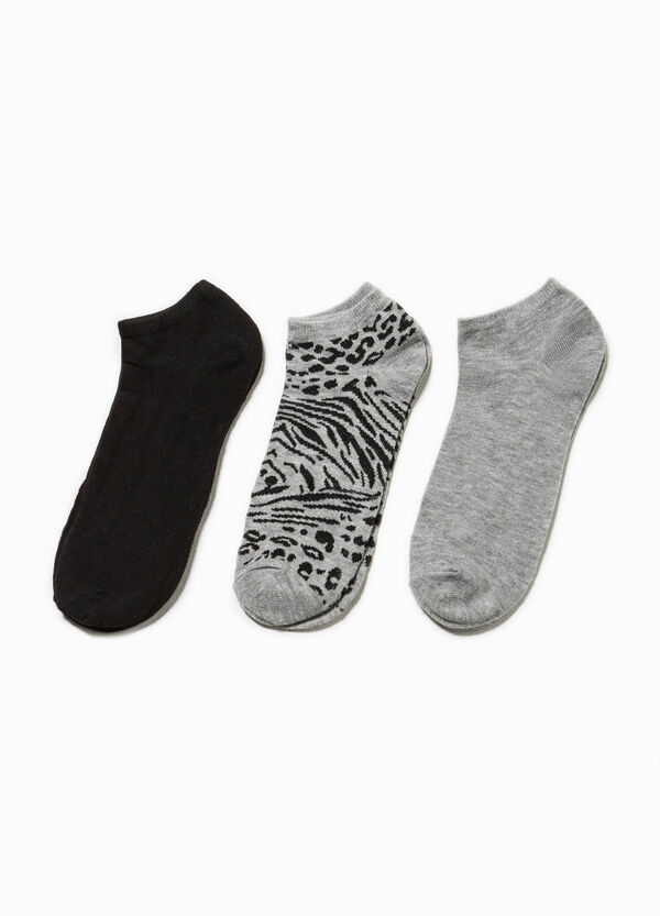 Three-pair pack solid colour and animal patterned socks | OVS