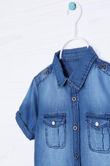 Camicia di jeans delavé taschini