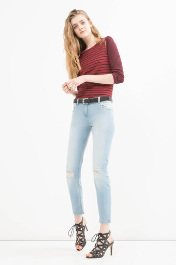 Stretch jeans with rips