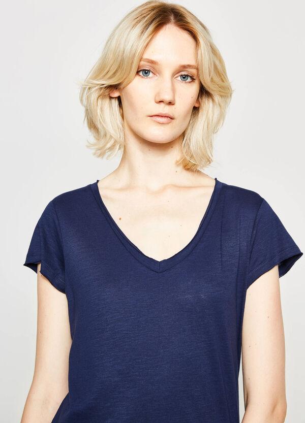 Camiseta de algodón con cuello de pico | OVS
